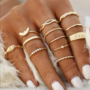 Jewelry - Gold plated embellished ring set. 12 pcs